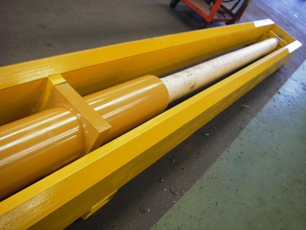 Drill feed cylinder
